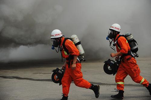 消防工程施工人员